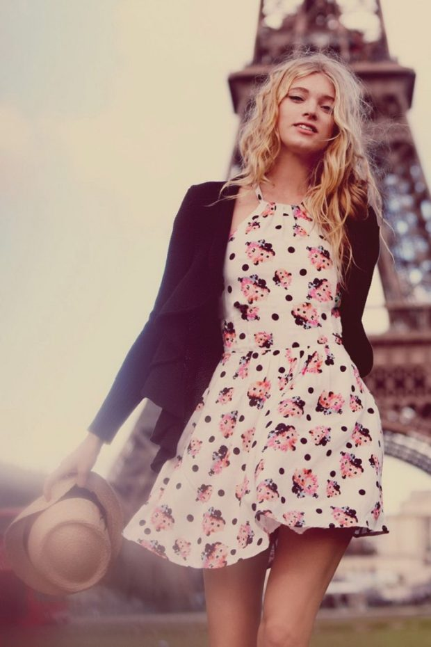 Parisian-Chic-Street-Style-Dress-Like-A-French-Woman-23-700x1050